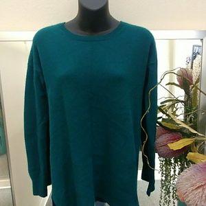 Aqua Brand Hunter Green Cashmere Sweater